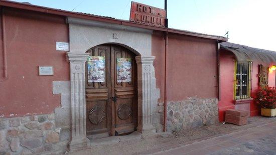 Hotel Kukuli : devant de l'hôtel