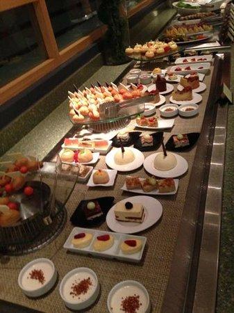desserts at Siete