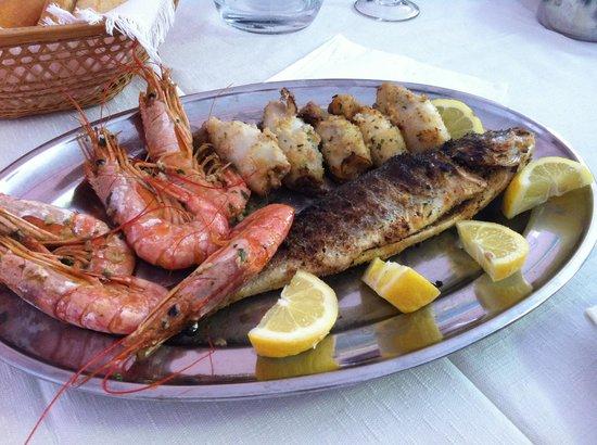Hotel Letizia: Grigliata di pesce