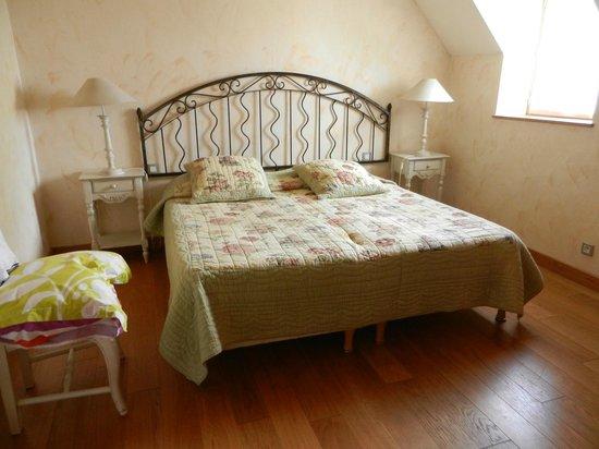 Le Troubadour: chambre avec 2 lits jumeaux