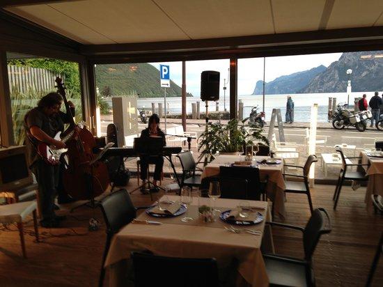 Aqua Restaurant & Lounge Cafe: Jazz&Food