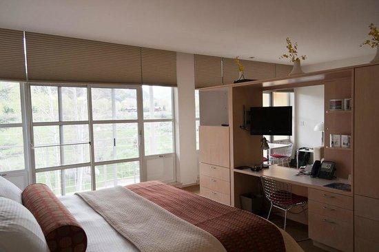 Aspen Meadows Resort : The bedroom
