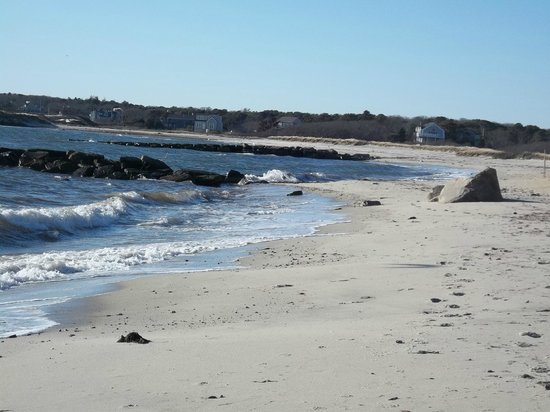 Chatham Tides Waterfront Lodging: Stroll along Nantucket Sound