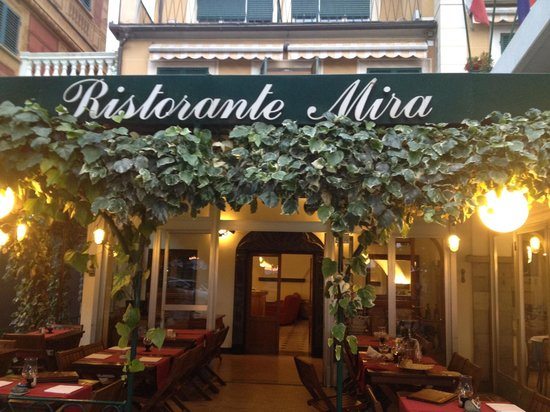 Hotel Mira: Delightful restaurant