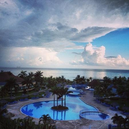 Grand Bahia Principe Jamaica : view from our balcony