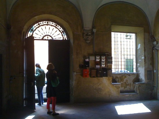Locanda Sant'Agostino Maison de Charme: Entrance of the old Palazzo