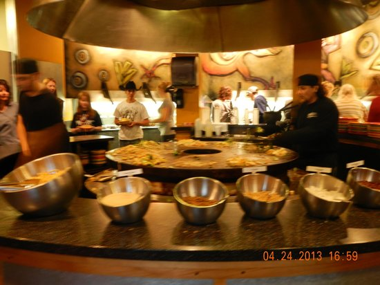HuHot Mongolian Grill: after condiments