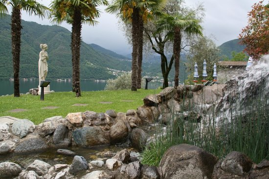 Parco San Marco Lifestyle Beach Resort : petite cascade
