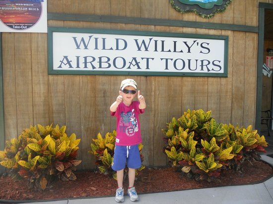 Wild Willy's Airboat Tours: lewis ready for his airboat ride