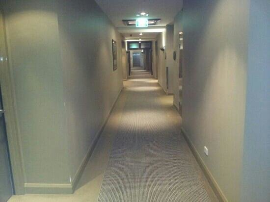 Quest Canberra: hall way