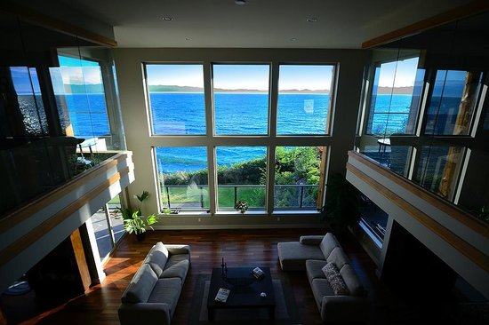 Points West Oceanfront Resort : Points West House