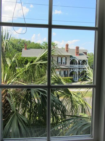 The Addison on Amelia Island: View from bathroom onto Ash