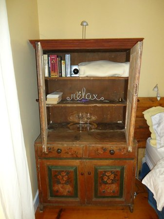 The Miller's House Bed and Breakfast: Downstairs bedroom cabinet...