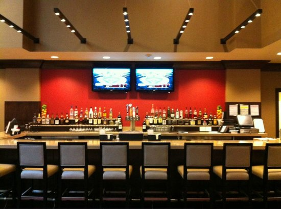 Embassy Suites by Hilton St. Louis - Downtown: Hotel Bar