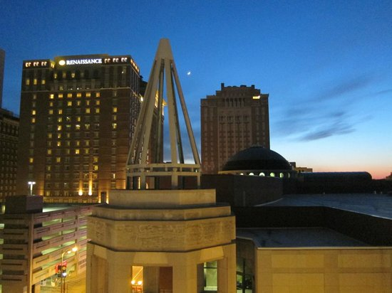 Embassy Suites by Hilton St. Louis - Downtown: View from our room