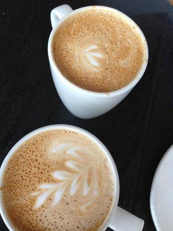 Miss Lily's Cafe: mmmmm