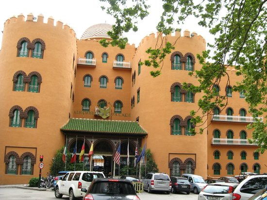 Alhambra Palace Hotel: Esterno
