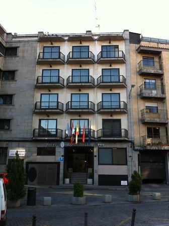 Silken Rona Dalba Hotel: Main entrance