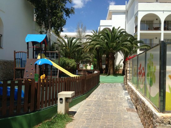 Apartamentos Cala d'Or Playa: Play park