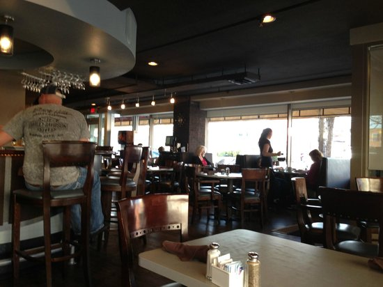 Tally's Silver Spoon: Trendy and welcoming atmosphere