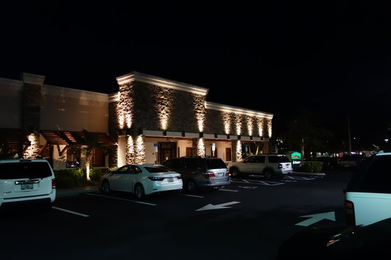 Carrabba's Italian Grill: Outside view of Carrabba's