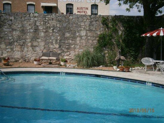 Austin Motel: Pool