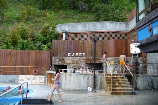 Ainsworth Hot Springs Resort: The caves