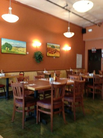 Chico's Cafe: dining