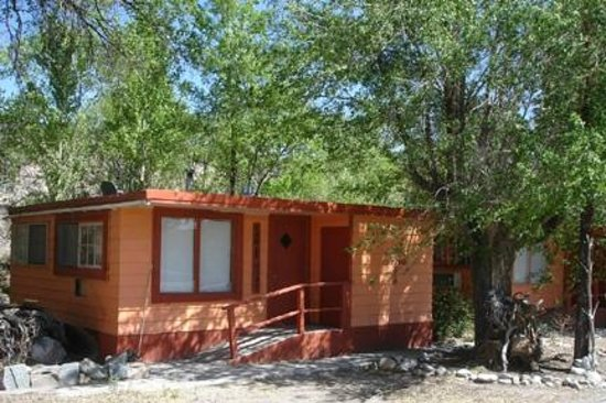 Taos Trail Inn: One of the Cabins