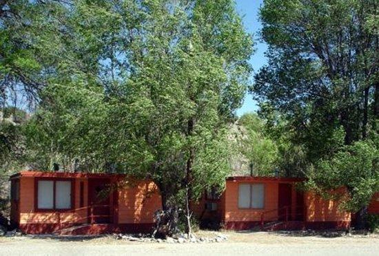 Taos Trail Inn: More Cabins