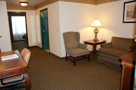 Country Inn & Suites By Carlson, Appleton North: King Suite