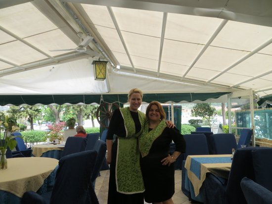 Hotel Pasike: The lovely ladies in their Croatian dress