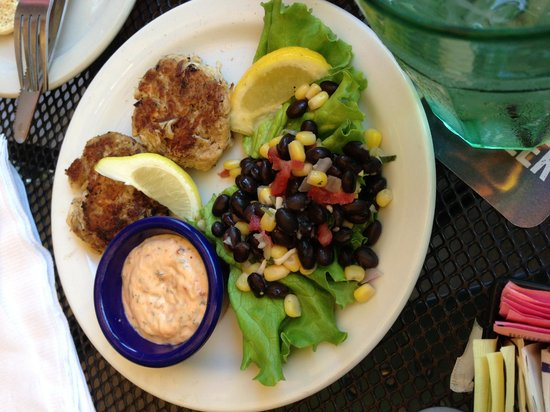 Rosie's Bar & Grill: Crabcakes
