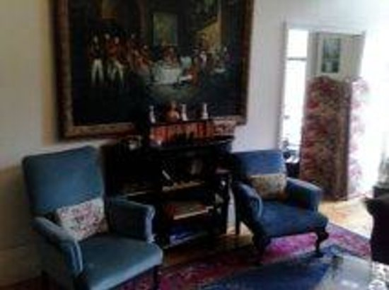 22 York Street: The Lounge