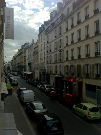 Art Hotel Batignolles: View from the room