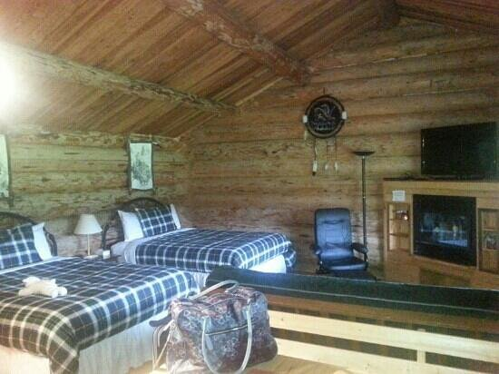 Wells Gray Guest Ranch: Deluxe cabin