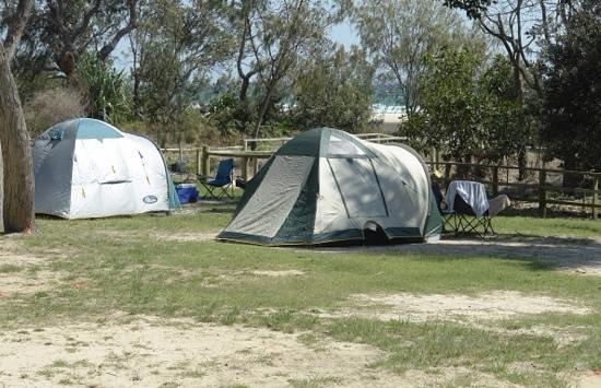 Straddie Camping: Cylinder Beach Camping Ground