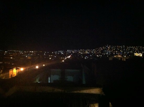 โฮเต็ล ไอทาน่า: View from the terrace.
