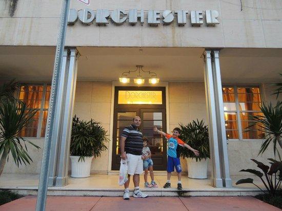 Dorchester Hotel: Entrada