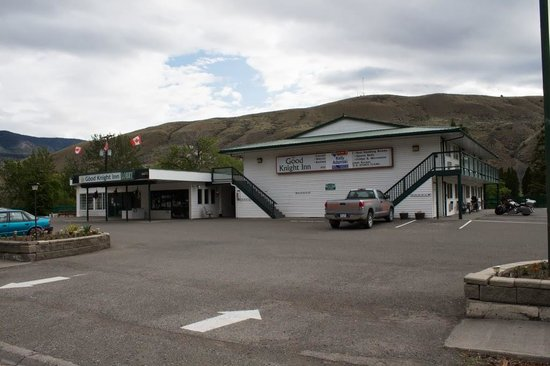 Motel 6 Cache Creek BC: Good Knight Inn Exterior
