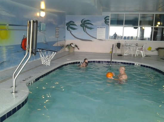 Paradise Resort : small indoor pool