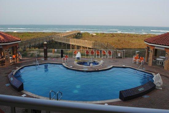 La Copa Inn Beach Hotel: view from 2nd floor balcony