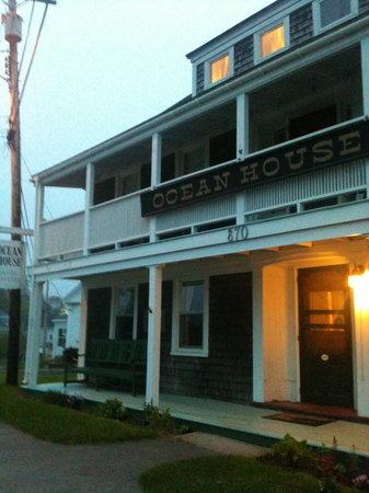 Ocean House Hotel : Ocean House - Front