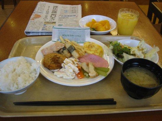Hotel Route Inn Tomakomai Ekimae: 朝食バイキング