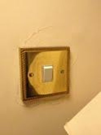 Abbeyglen Castle Hotel: They fixed the wall around the outlet