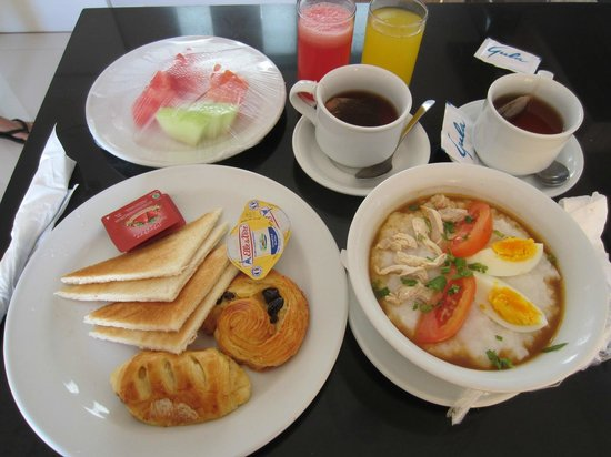Paradise Loft Villas Jimbaran: Daily Breakfast