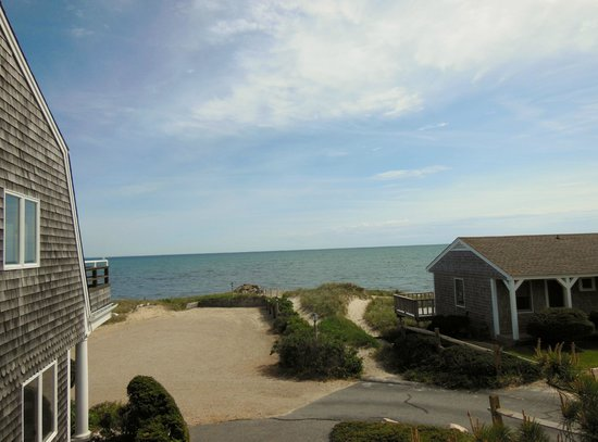 Chatham Tides Waterfront Lodging: view from up above townhouse
