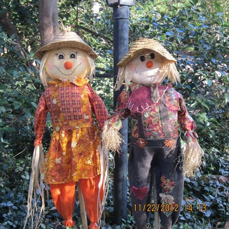 Briar Patch Inn: Fall Decor