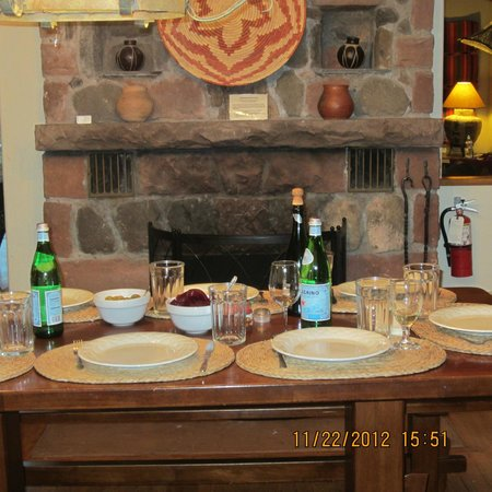 Briar Patch Inn: Thanksgiving Table at the Ponderosa