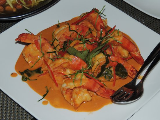 Lotus Samui: Duck in red curry - my favorite